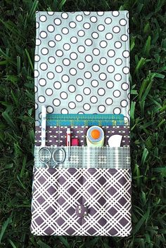 bag, find pattern, sewing kit