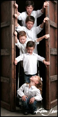 Siblings Picture!! Love This Idea!!