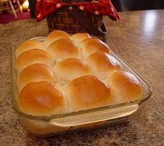 Fluffy 1 hour dinner rolls