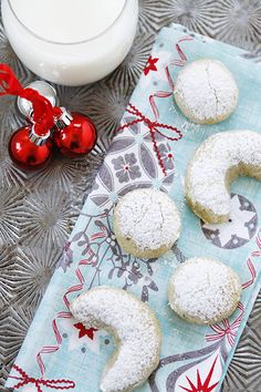 Pistachio Orange Crescent Cookies from @Katie Schmeltzer Schmeltzer Goodman. This week's theme for the Holiday Recipe Exchange is Holiday Cookie Recipes. Come enter a great giveaway for a chance to win a great gift set from OXO!