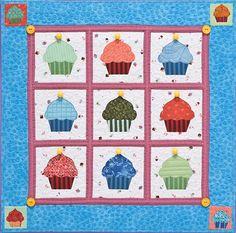 #FaveCrafts - Cupcakes Quilt