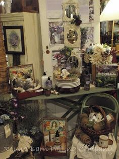 Antique Booth Display Ideas | Round Barn Potting Company | Antique booth and display ideas