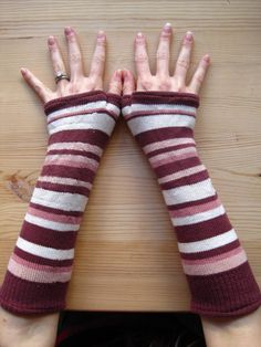 DIY: Arm Warmers out of old socks.