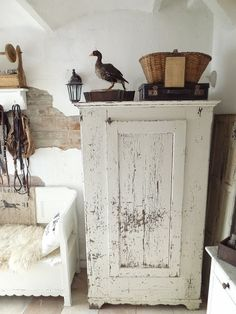 Love the shabby cabinet farmhouse decor, primit, cupboard, armoir, coloni decor, white cabinets, farm hous