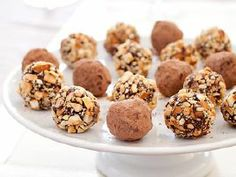 Creamy, professional-quality chocolate truffles can now be made at home. #valentinesday