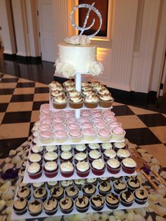 Cupcake towers are the NEW wedding cakes. #berghoff