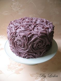 Buttercream Roses Cake