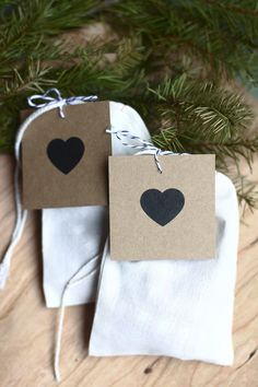 swoon! | cute christmas bags