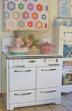 .Love the quilt and love the stove