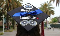 A Wall-E Inspired Graduation Cap