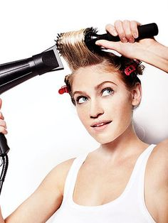 4 steps to a 7-minute blowout at home. SO easy!