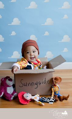 Toy story photo idea, baby, baby photography, baby costume