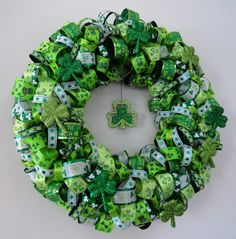 St. Patrick's Day Wreath. holiday, craft, ribbons, st patricks day, bows, patti, ribbon wreaths, bow wreath, stpatrick