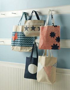 These totes are perfect for any summer outing. DIY your own with #marthastewartcrafts stencils and craft paints, all available @Michael Dussert Sullivan Stores