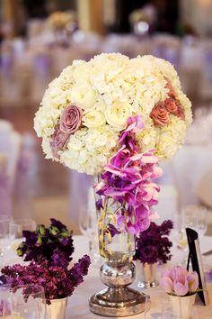 Stunning Wedding Centerpiece - Belle the Magazine