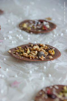 day17024 Waiting for Christmas : day 18 Pétales de chocolat façon mendiants