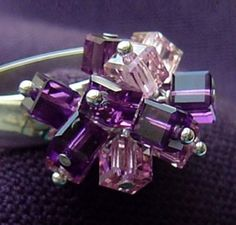 Bead cluster ring