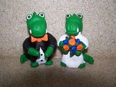 Gator cake toppers