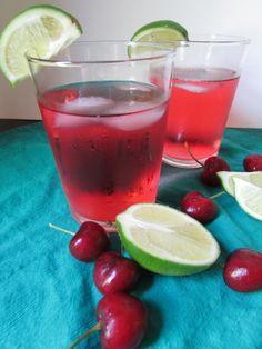 Cherry Lime Summer Spritzer #summerdrink #cherrylime #seltzer #vegan