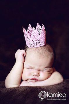 crown (: