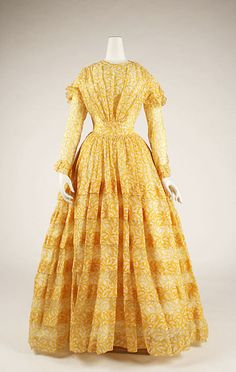 Yellow printed cotton dress, American, ca. 1844.