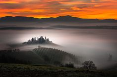 This gorgeous sunrise image by Alberto Di Donato took our breath away today when we saw it. It was taken in San Quirico d'Orcia in Tuscany Italy. My Magical Tuscan 3 by Alberto Di Donato on 500px See more of Alberto's beautiful images at 500px. Related Reading 12 Tips for Photographing Stunning Sunsets Living Landscapes …
