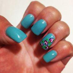Nail art. Tiffany blue. Roses.