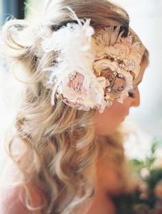rustic-inspired hair accessory, photo by Lavender & Twine http://ruffledblog.com/microbrewed-wedding-inspiration #bridal #bride #hairaccessories