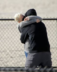 p!nk and willow 2014  2014 Paparazzi > P!nk &...