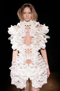 alexander mcqueen, vans, iri van, dresses, couture, iris van herpen, irises, 3d printing, fashion designers