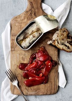 Roasted peppers with sardines