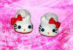 Ravelry: Hello Kitty Booties pattern by Crochet Land
