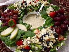 Candace Cameron Bure's Roo Mag | Winter Berry Salad Wreath w/ Lemon Poppy Seed Dressing