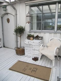 Outside Garden Yard Porch French Country Shabby Chic Rustic Cottage D…