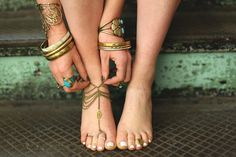 Trend We Love: Summer Body Jewelry boho chic, accessori, summer jewelry, silver hair, jewelry trends, surf style, jewelri, gold jewelry, friendship bracelets