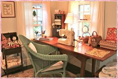 Sewing Room Design Ideas | Sewing Room | Susan Branch Blog #sew #quilt #embroidery #fabric #garment #sacramento #meissnersewing