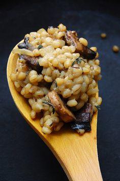 onions, rice, thyme, fall recipes, mushroom barley, barley risotto, risotto recipes, comfort foods, mushrooms