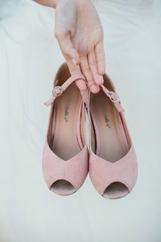 soft pink flats // photo by Alyssia B Photography // http://ruffledblog.com/bohemian-fall-bridal-session