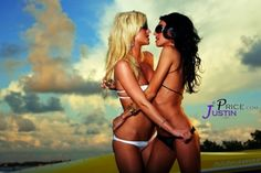 Girls Kissing Girls - A Humble 52 Photo Tribute models, meet model, model photograph, model meet, profession model, art