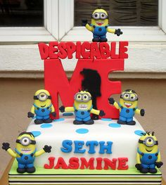 minion cakes, despicable me cakes, birthday cakes