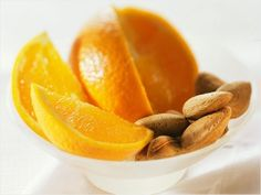 Snack on the Go: Almonds and Oranges