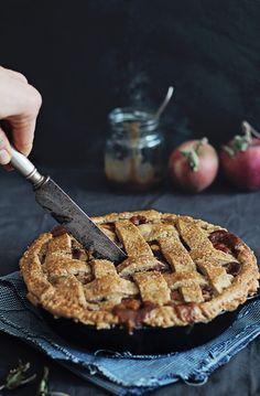 Gluten-Free Apple PIe recipe | HelloNatural.co