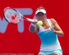 Ling Zhang playing her local WTA tournament in Hong Kong, loses to Daniela Hantuchova, more here: http://www.womenstennisblog.com/2014/09/10/star-players-advance-hong-kong-tennis-open-highlights/