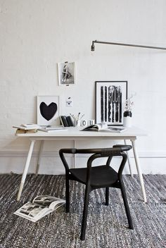 bodie and fou sample desk