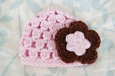 Alli Crafts: Free Pattern: Cluster Hat - Premie crochet hat, craft flowers, free pattern, crochet baby hats, hat pattern, alli craft, cluster hat, crochet patterns, flower patterns