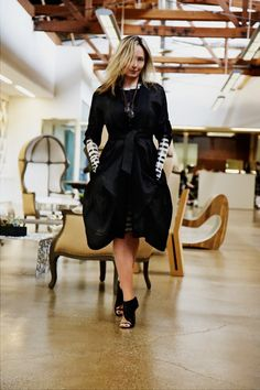 Lubov takes a favorite BCBGMAXAZRIA vintage piece (Spring Runway 2008) and gives it a bold update with a sculpted jersey print dress.