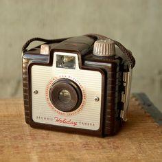 vintage bakelite camera