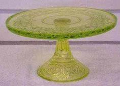 Mosser VASELINE Queen Pedestal Cake Plate
