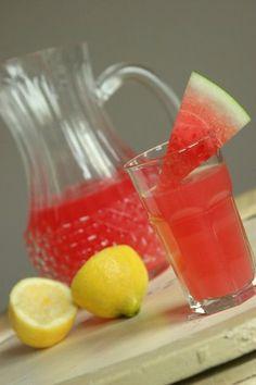 Sugar-free watermelon lemonade