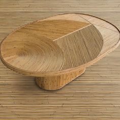 Rattan love - table